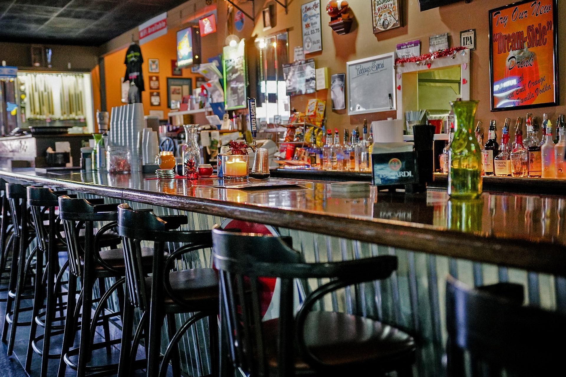 Bar & Grill - Pelham, AL - Poppa G's Billiards